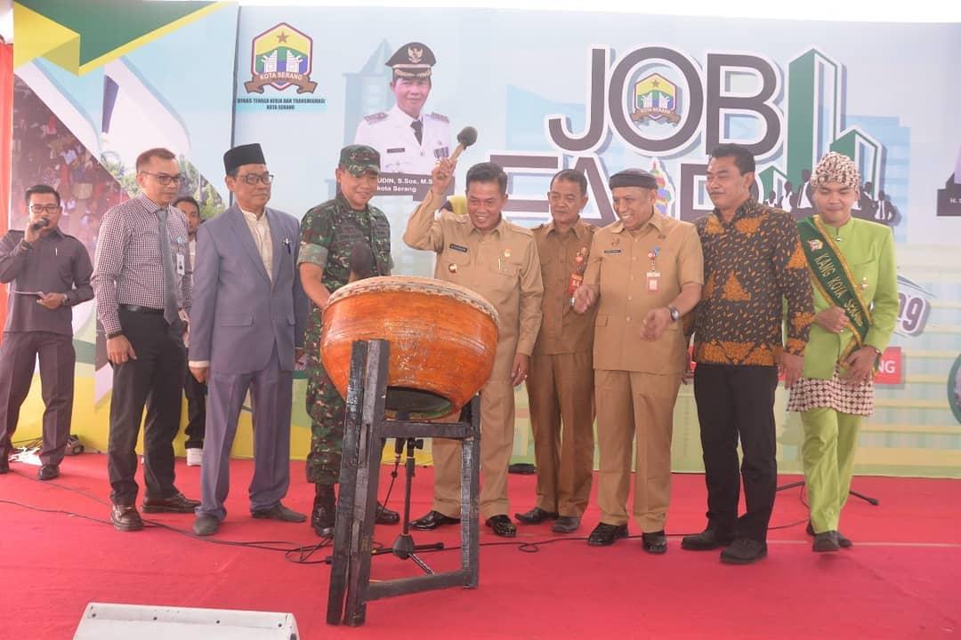 Walikota Serang Buka Pameran Bursa Kerja